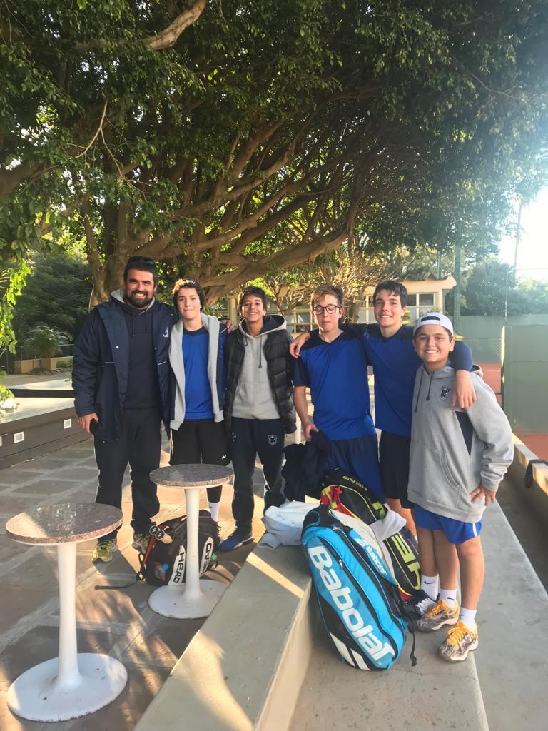 Alunos Escola de Tênis ALJ / Professor Leonardo Sperry