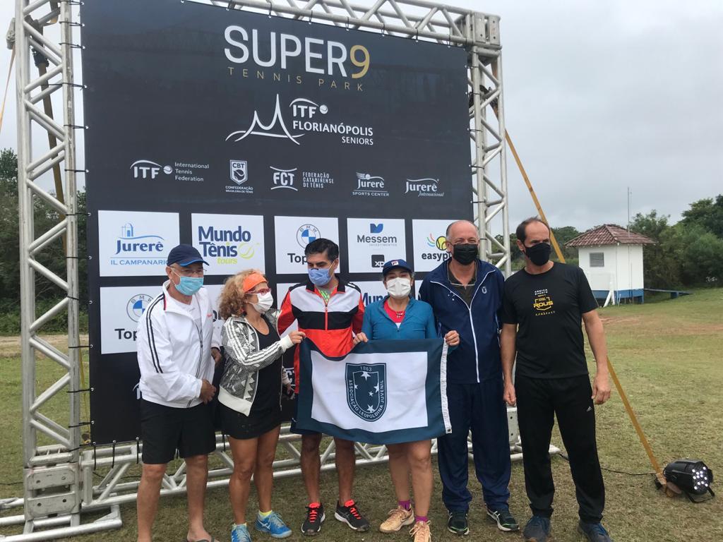 Associados levam a bandeira do Clube no Circuito Internacional Sênior
