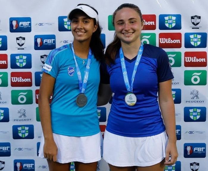 Da esquerda para direita: Atletas Maria Gouveia e Juliana Kulczynski