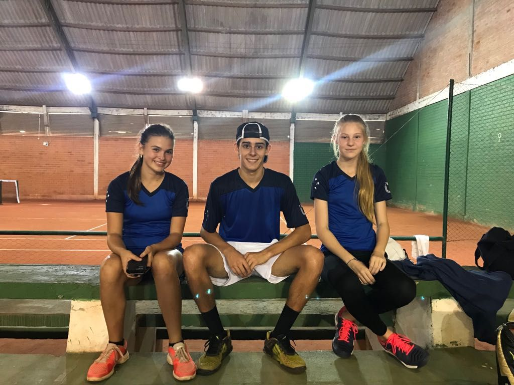 Da esquerda para direita: Martina Xavier, Guilherme Coimbra e Daniela Bozko. Crédito: Comunicação ALJ.