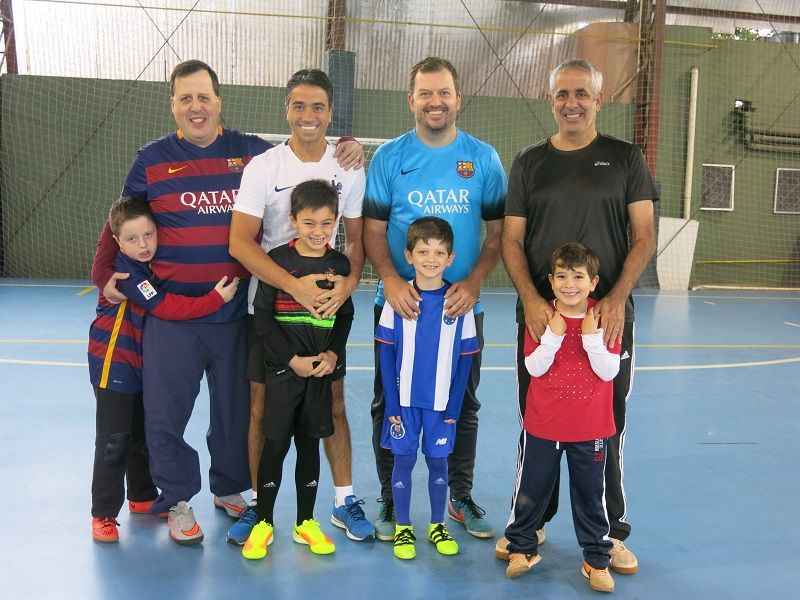 Juvenil - Dia dos Pais chega às escolas esportivas do Juvenil 83482cf155748