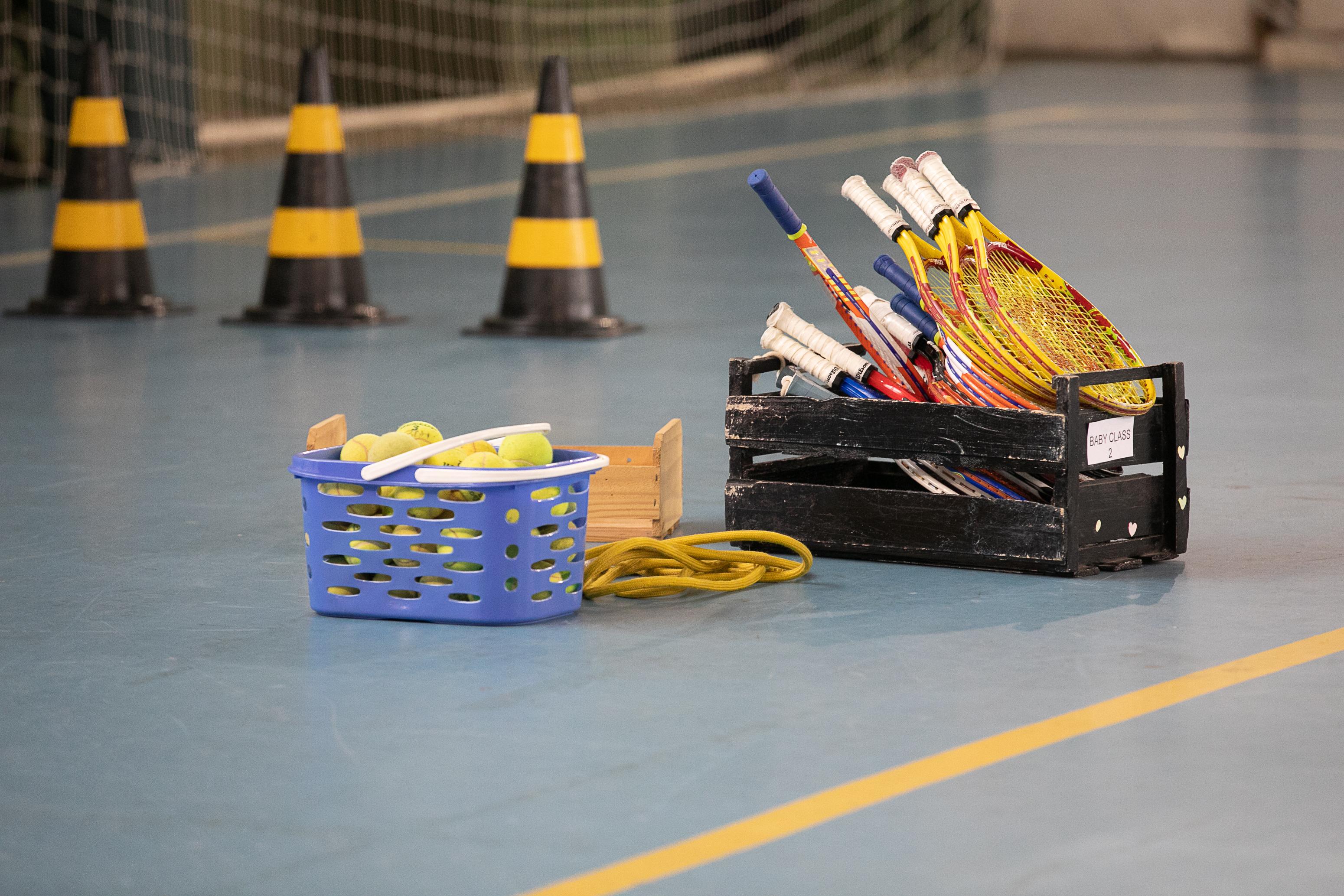 Escola de Tênis ALJ