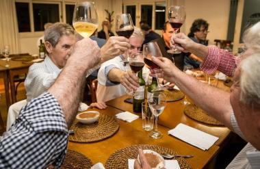 Hora de reencontrar os amigos no Juvenil Club Gourmet